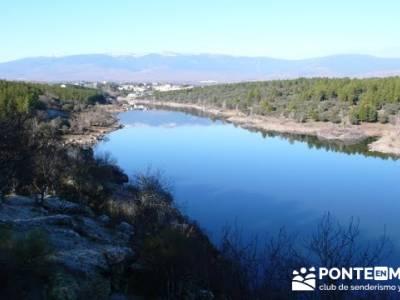 Ruta senderista por el embalse de Puentes Viejas;escapadas sierra madrid;grupos camino de santiago